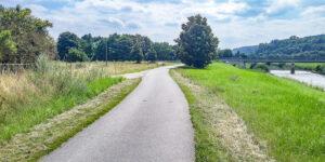 1500 02 Gera Paul Vogel Weg Blick nach Suedosten auf Muendungsgebiet Brahme in Weisse Elster Franzosenweg Weisse Elster